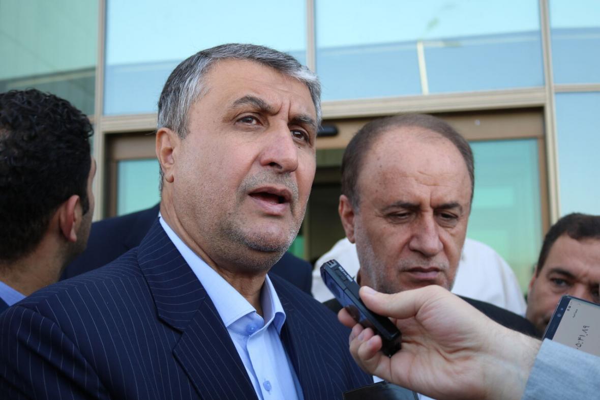 خبرنگاران وزیر راه و شهرسازی: تلاش داریم حباب قیمت مسکن شکسته شود