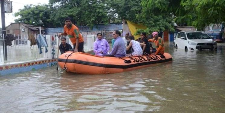 بیش از هزار نفر در هند قربانی بارش باران های موسمی شدند