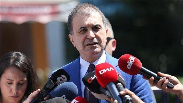ترکیه: ماکرون نمی تواند موضوع گورهای جمعی لیبی را ماست اقتصادی کند