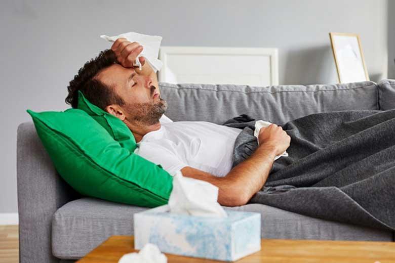 مدت قرنطینه خانگی بیماران کرونایی چند روز است؟