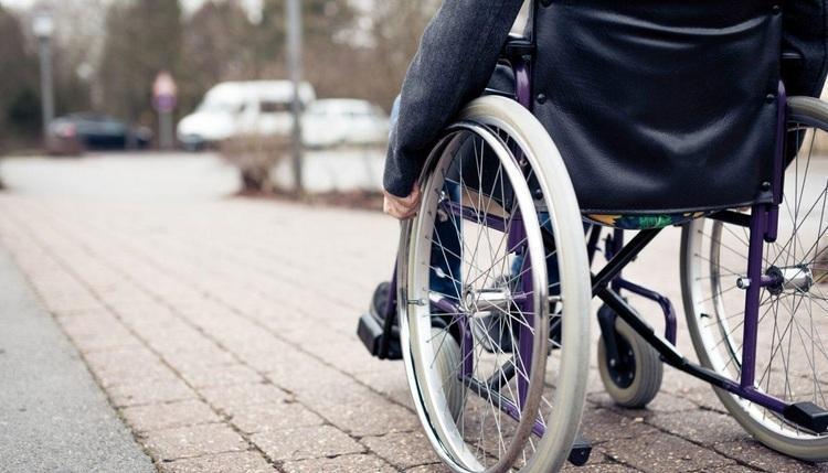 دشواری های زندگی زنان معلول؛ شهر از آنِ ما نیست