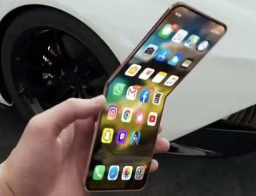 همکاری اپل با شرکت های Foxconn و New Nikko برای تولید گوشی تاشو