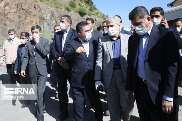 خبرنگاران بازدید معاون رییس جمهوری از قطعه دوم آزاد راه تهران- شمال