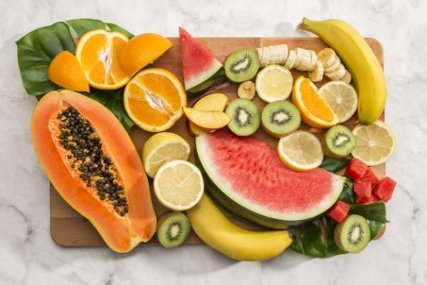 کدام میوه ها و مواد غذایی بیشترین ویتامین را دارند؟