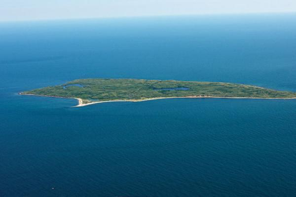 جزیره مرموز در آمریکا