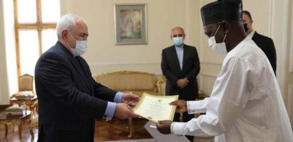 سفرای جدید نیجریه و کنیا رونوشت راسخ نامه خود را تقدیم ظریف کردند