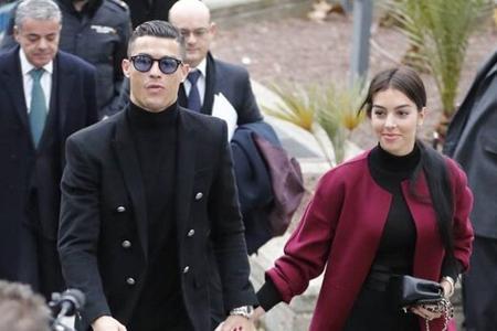 واکنش نامزد رونالدو به شایعه جدایی او از یوونتوس