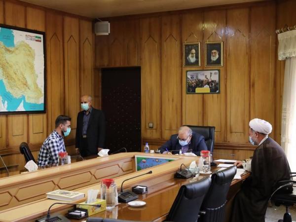 استاندار کرمانشاه : پیگیری و حل مشگلات مردم وظیه من است