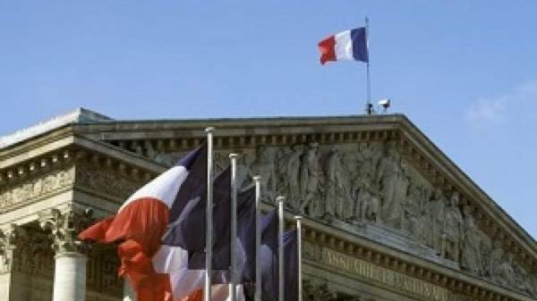 فرانسه: با نگرانی گزارش آژانس درباره ایران را مطالعه کردیم!