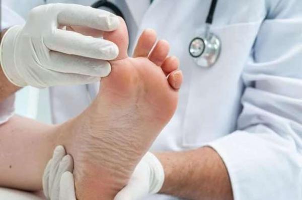 چسب حساس به فشار برای مشخص میزان کفش ساخته شد